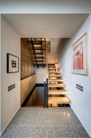 escalier bois - City View Residence par Dick Clark Architecture - Austin, Usa