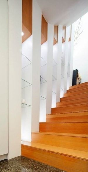 escalier bois - Double High House par Checkwitch Poiron Architects - Nanaimo, Canada - Concept Photography