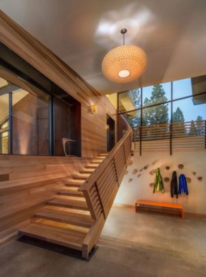 escalier bois - Flight House in Martis Camp par Sage Architecture - Truckee, Usa