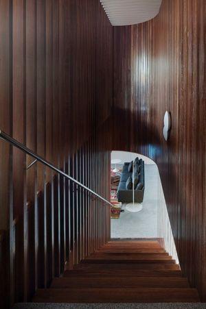 escalier bois - Maison contemporaine bois béton par BG Architecture - Melbourne, Australie