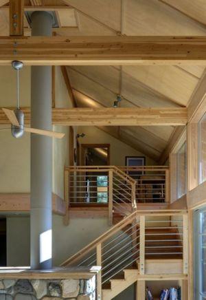 escalier bois accès étage - Foster Loop par Balance Associates - Mazama,USA