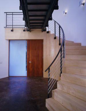 escalier bois accès étage - Hargrave-Residence par Robert M. Gurney Architect - Maryland, Etats-Unis
