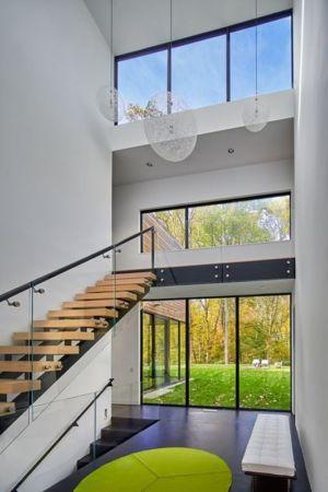 escalier bois accès étage - Hills-House par Robert M. Gurney - Maryland, USA