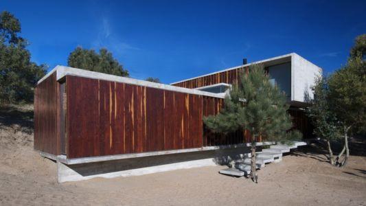 escalier entrée - MR House par Luciano Kruk Arquitectos - La Esmeralda, Argentine