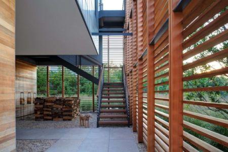 escalier entrée - Shore House par Stelle Lomont Rouhani Architects -  Amagansett, Usa