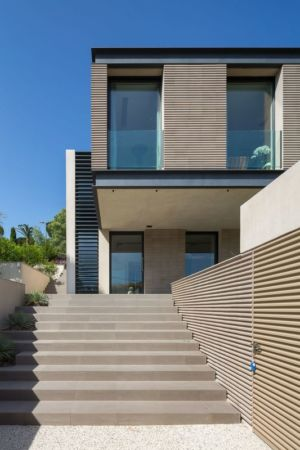 escalier entrée - maison H3 - villa-contemporaine par Vincent Coste Architectes - St-Tropez - Photo Florent Joliot