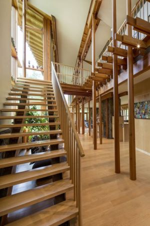 escalier et couloir - Montana Glass Home par Cutler Anderson Architects - Montana, Usa