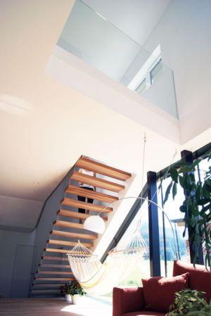 escalier et mezzanine - Muk par mahore architects - Saalfelden, Autriche