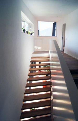 escalier et palier étage - Muk par mahore architects - Saalfelden, Autriche