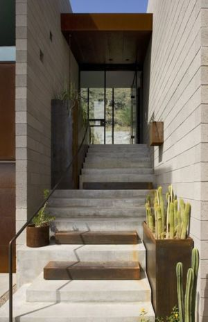 escalier extérieur entrée - Mountain-Residence par Chen Suchart Studio - Arizona, USA