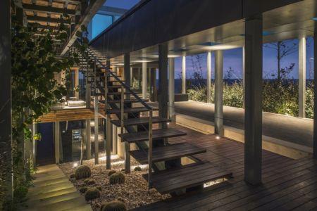 escalier intermédiaire - Amchit résidence par Blankpage architects -Liban