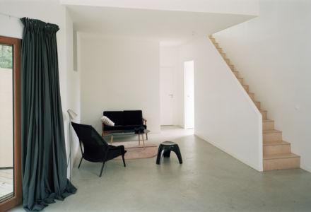 escalier - maison bois secondaire par RAUM - France -  Photos - Audrey Cerdan