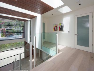 escalier mezzanine - villa contemporaine à Malibu, Usa