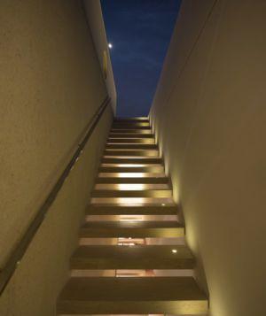escalier terrasse étage - Tetris House par Studio mk27 - São Paulo, Brésil