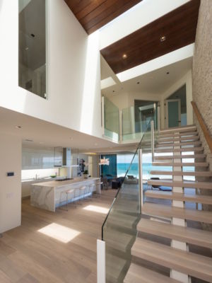 escalier - villa contemporaine à Malibu, Usa