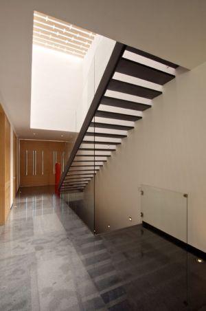 escaliers étage et sous-sol - V-House par Agraz Arquitectos - Puerta Plata, Mexique
