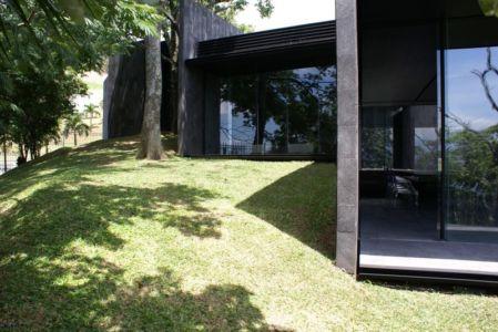façade - Casa Altamira par Joan Puigcorbé - Costa Rica
