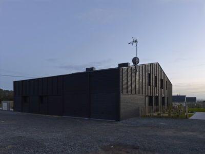façade - Etoile Noire par  Angélique Chedemois Architect - Guérande, France
