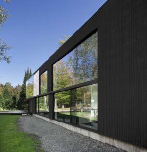 façade - Private Residence St-Sauveur par Saucier + Perrotte architectes - Saint-Sauveur, Canada