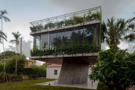 façade étage végétalisée - Sun Path House par Studio Christian Wassmann - Miami, USA