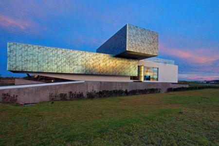 façade arrière - Campanario-2 par Axel Duhart Arquitectos - Santiago-Querétaro, Mexique