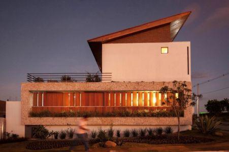 façade arrière - Casa do Arquiteto par Jirau Arquitetura - Pernambuco, Brésil