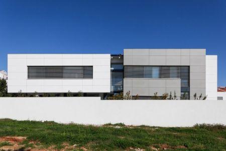 façade arrière - Maison contemporaine béton par Ron Aviv - Tel Aviv, Israël