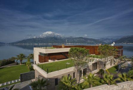 façade arrière et vie panoramique - Touristic Villa 'S, M, L' par studio SYNTHESIS - Tivat, Montenegro
