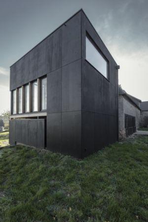façade arrière trois-quart - Cliffs Impasse par ZIEGLER Antonin architecte - Senneville-sur-Fécamp, France