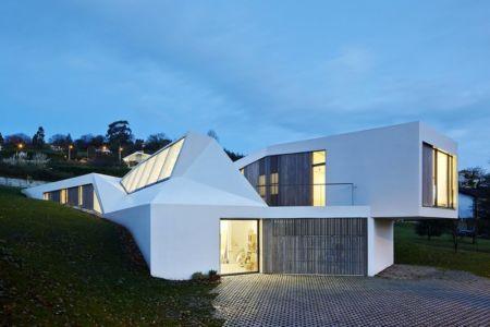 façade atelier - Maison et atelier d'artiste par Miba architects - Gijón, Espagne