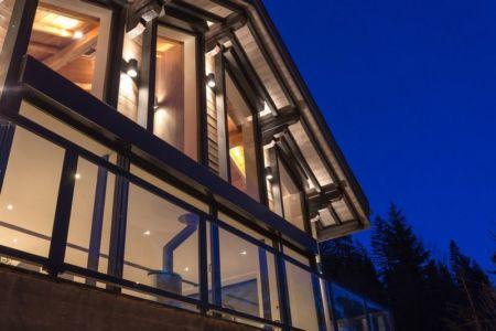 façade baie vitrée - Chalet-Dag par Chevalier Architectes - France