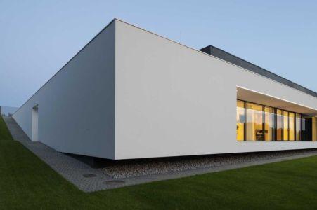 façade baie vitrée - Nemo-house par Mobius Architects - lac Mazurie, Pologne