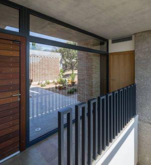 façade balcon - House-Molino par Mariano Molina Iniesta, Espagne