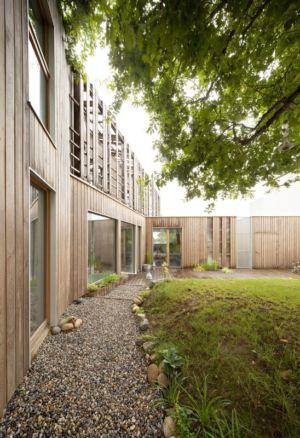 façade bardage bois - vlb-maison-bbc par Detroit Architectes - Verrières-le-Buisson, France