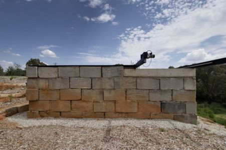 façade blocs béton recyclés - Sawmill-House par Archier - Yackandandah, Australie