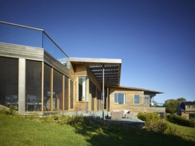 façade bois vitrée - Vineyard-Farm-House par Charles Rose Architectes - Vineyard, USA