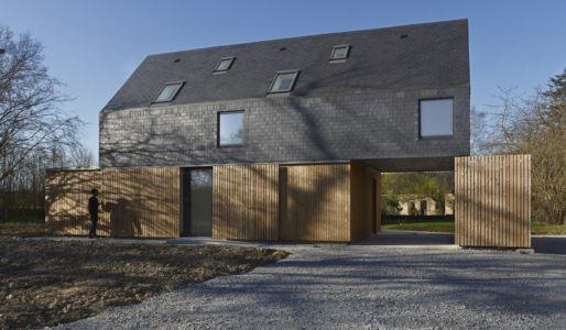 façade brises soleil - Maison L. ossature bois par Atelier 56S - France - Photo Jeremías Gonzalez
