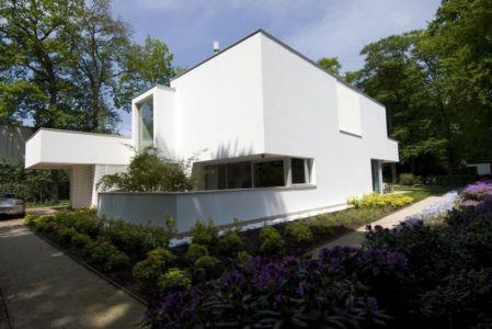 façade côté - Villa contemporaine par Clijsters Architectuur Studio - Bilthoven, Pays-Bas