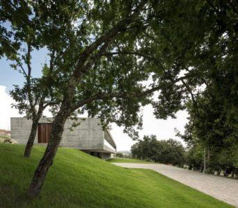 façade côté allée - Sambade House by spaceworkers - Penafiel, Portugal