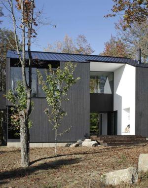 façade centrale - Private Residence St-Sauveur par Saucier + Perrotte architectes - Saint-Sauveur, Canada