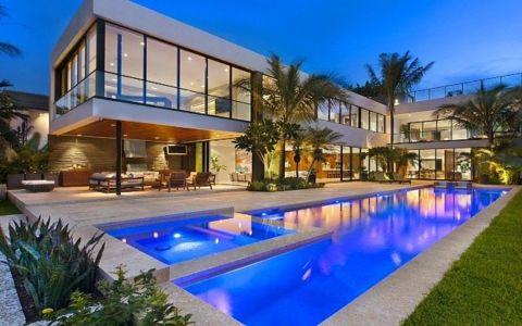 façade de nuit - Miami Beach Residence par New Stone Age - Miami Beach, Usa