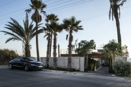 façade entrée - Amchit résidence par Blankpage architects -Liban