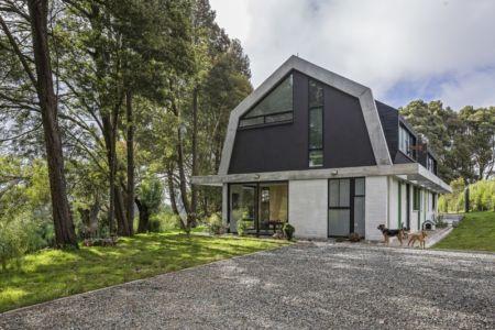 façade entrée - BO House par Plan B Arquitectos - Colombie