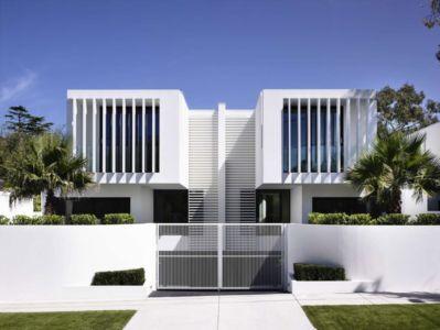 façade entrée - Bayside townhouses par Martin Friedrich architects - Melbourne, Australie