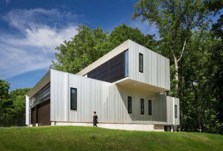 façade entrée - Bridge House par Höweler + Yoon Architecture - McLean, Usa