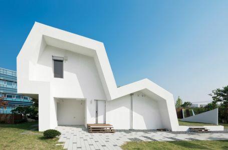 façade entrée - E-Green Home par Unsangdong - Jeondae-ri, Corée du Sud
