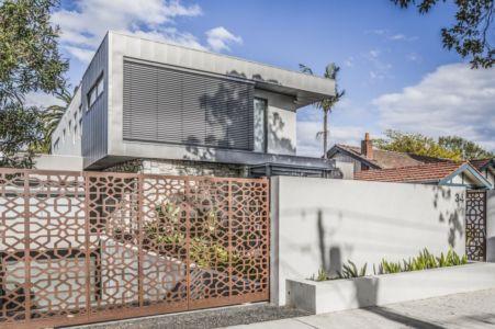 façade entrée - Hampton Residence par Finnis Architects - Melbourne, Australie