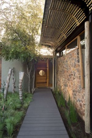 façade entrée - House-Mouton par Earthworld Architects and Interiors - Pretoria, Afrique du Sud