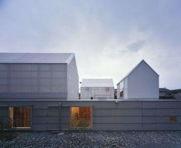 façade entrée - House-Yamasaki par Tato Architects-You Shimada - Hyogo,Japon