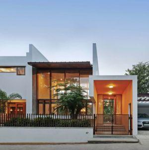 façade entrée - L-Plan-House Klosla Associates - Bangalore, Inde